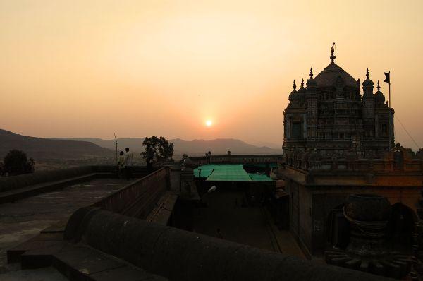 The evening Temple scene