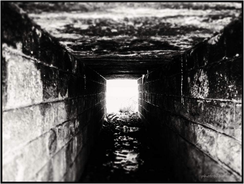 Světlo v tunelu.