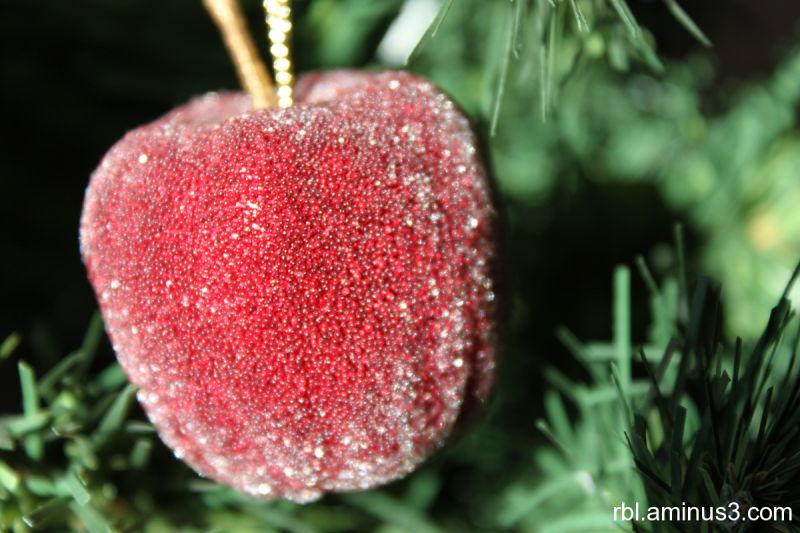 jeweled apple