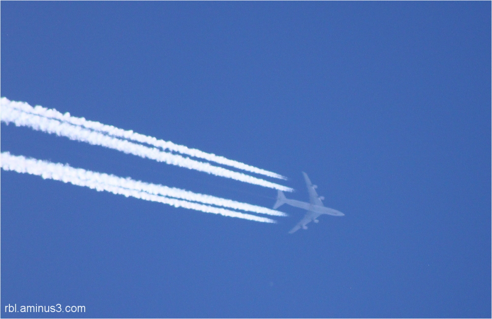 747 airplane in the sky