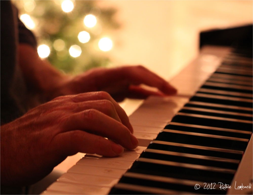 piano lesson at christmas time