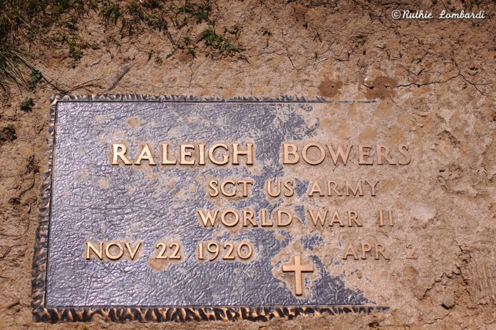 world war II grave stone at cemetery