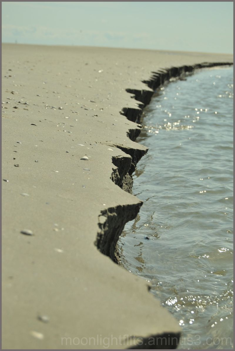 Natural dam comes crumbling down