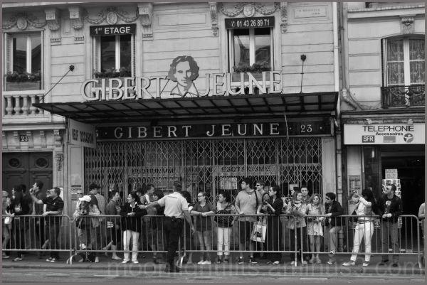 Gibert Jeune attend les cyclistes