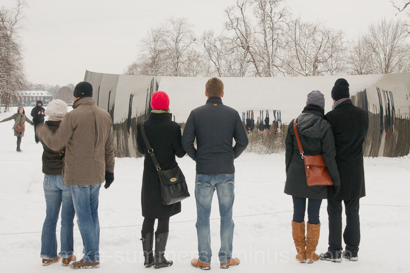 Viewing a Anish Capoor in the snow