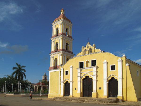 "Remedios Cuba church ""new church"" square"