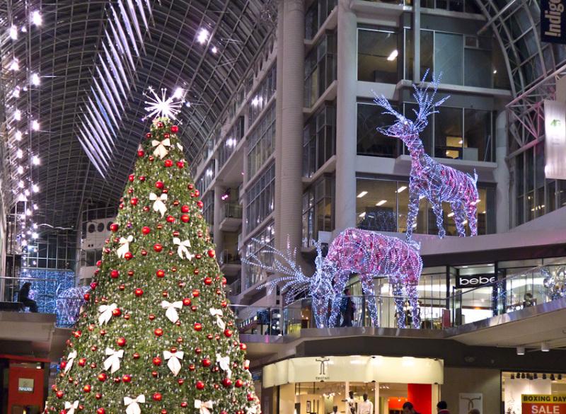 "shopping mall ""Eaton Centre"" Christmas ornaments"