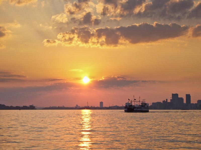 Toronto Islands, ferry, sunset, sky, clouds, warm