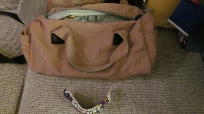 Smiley bag-face.