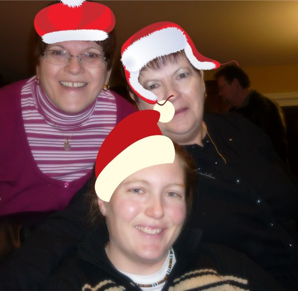 My Mom, Aunt Linda and gf Tammy enjoying the party
