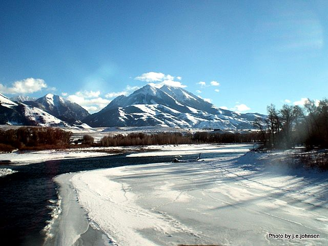 The Yellowstone River - Paradise Valley Montana