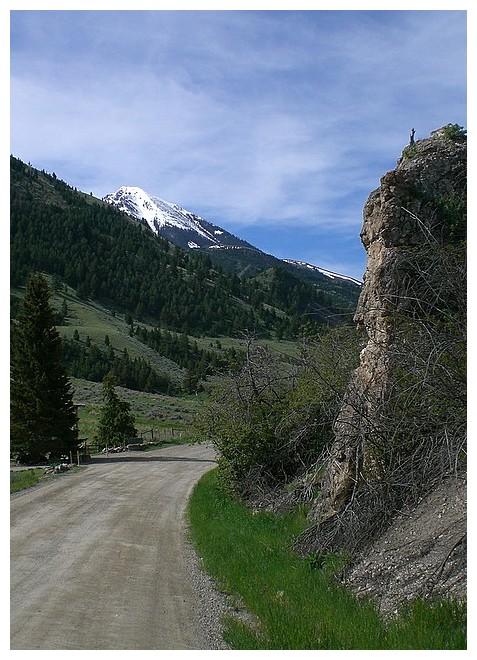 Absaroke mountians, & Emigrant Peak