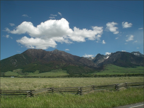 East River Road Paradise Valley Montana