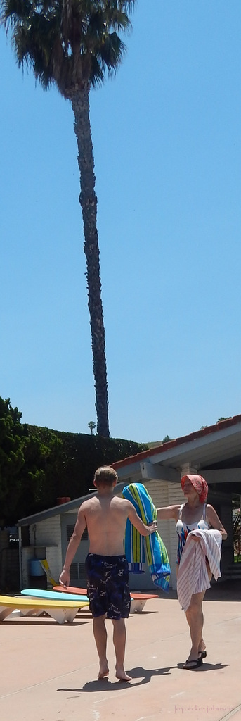 Naked Palm Tree Waves Over Sis & her grandson