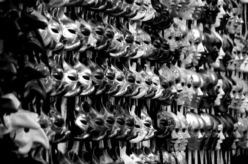 venise italie souvenirs masques etal vitrine