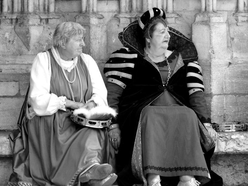 lyon saint-jean fête costume femme