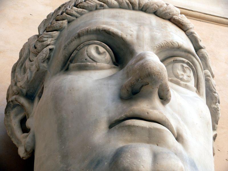 rome italie contantin tête musée capitole