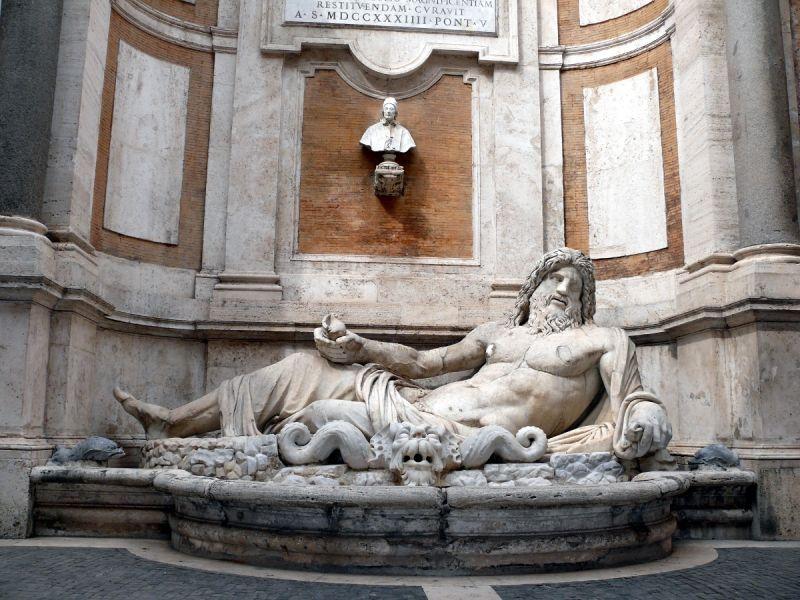rome italie statue morforio musée capitole