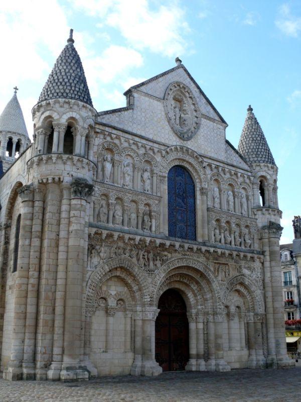 poitiers église notre-dame façade france