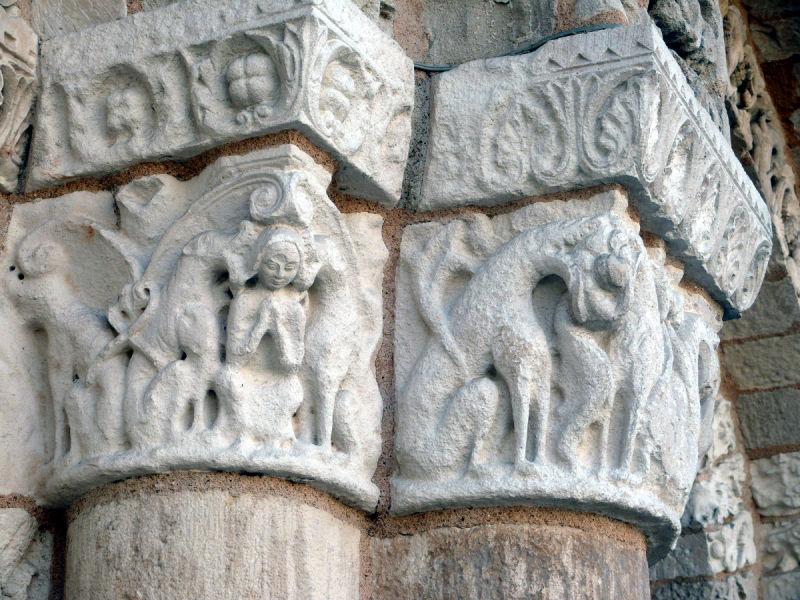 poitiers église notre-dame chapiteau portail