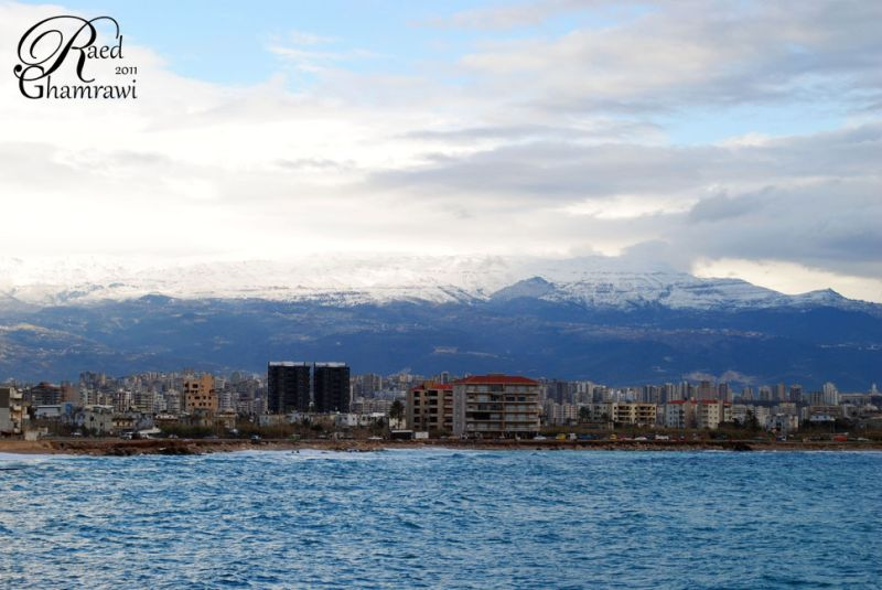 City , sea and snow - shot 2