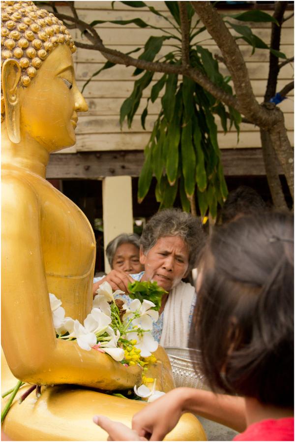 Preparing the Buddha
