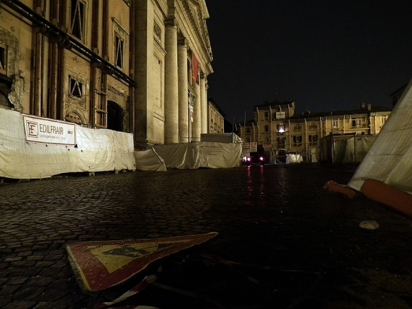 A dying city: L'Aquila (Italy) - 12/14