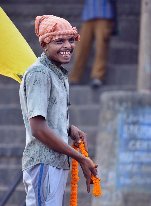 The smile's Ganges, Varanasi 15/20