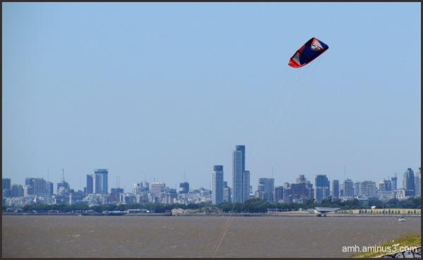 Buenos Aires  (vista desde  el Río de la Plata)