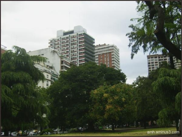 Buenos Aires ( parque Las Heras )