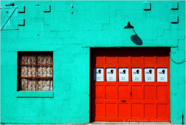 colorful garage in columbus' short north district