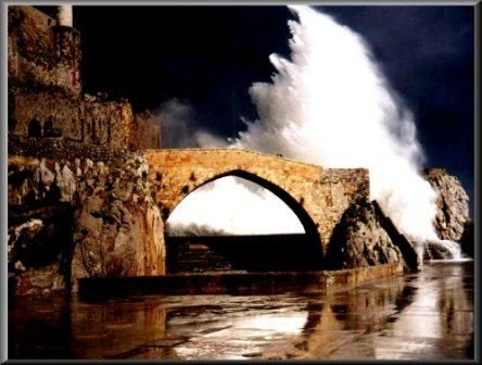 tempestad en el puerto de castro
