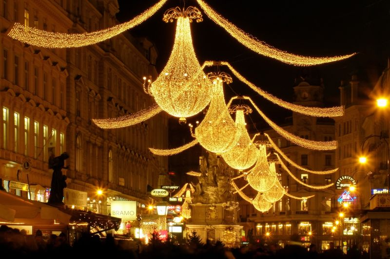 christmas lights in graben, vienna
