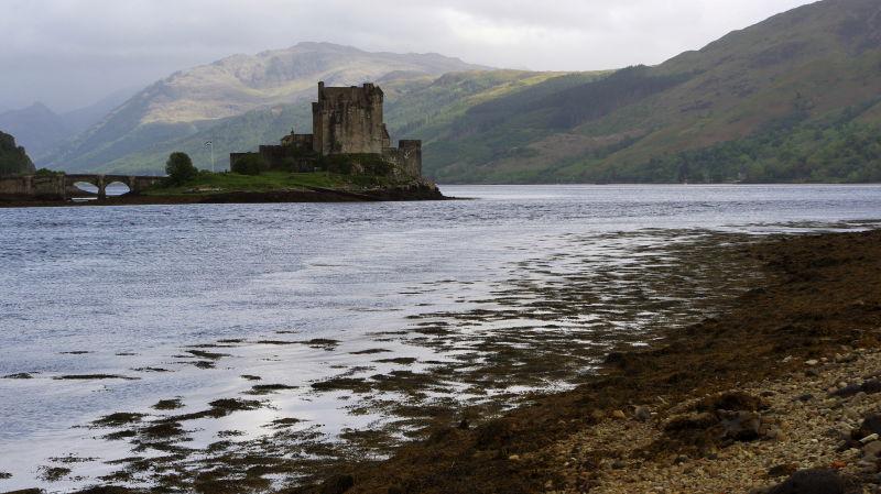eilean donan castle, dornie, scotland