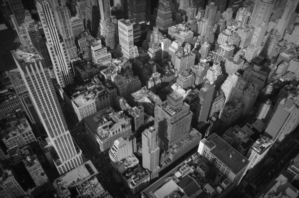 looking down from the 86th floor