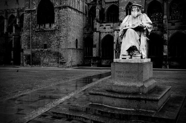 statue of richard hooker, exeter cathedral