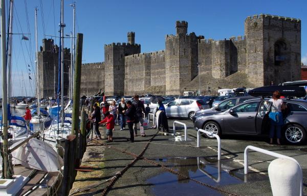 caernarfon castle, wales, modern siege