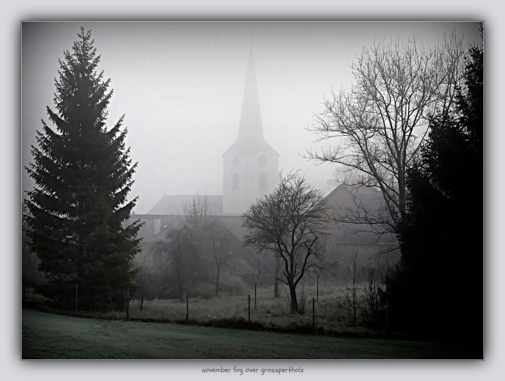 waldviertel, großpertholz, church, fog, gritty