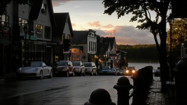 street scene, evening, lights, bar harbor