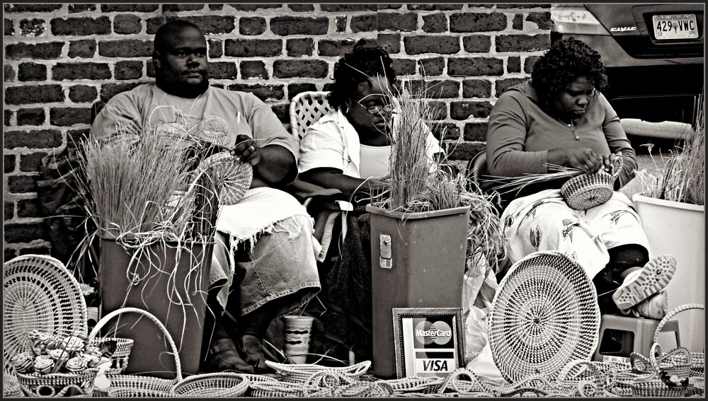 street scene, basket weavers, charleston s.c.
