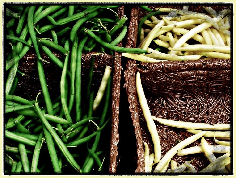 PEI, market stall, pasta boxes, green beans