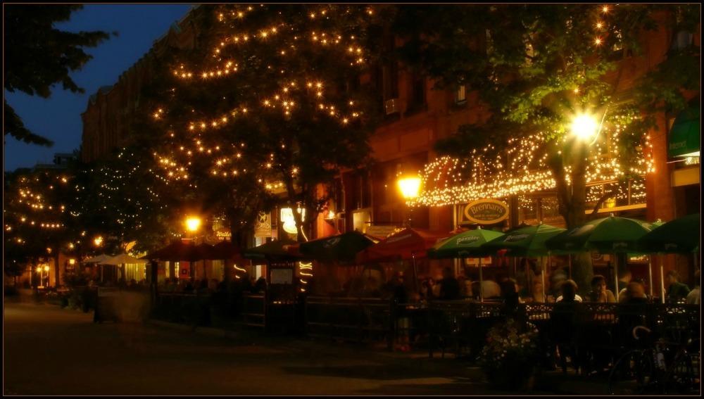 canada, PEI, charlottetown, night, restaurants