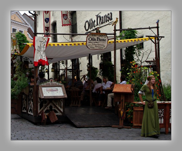 tallinn, old town, medieval restaurant, old hansa