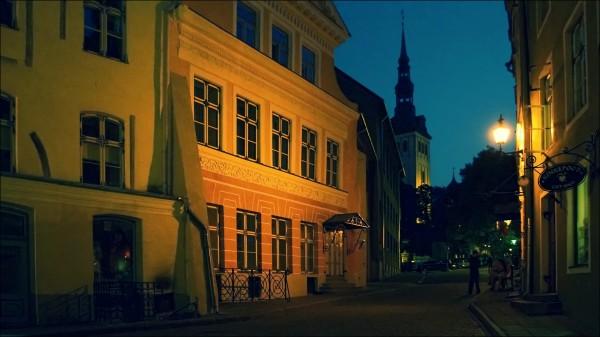 tallinn, old town, night streets