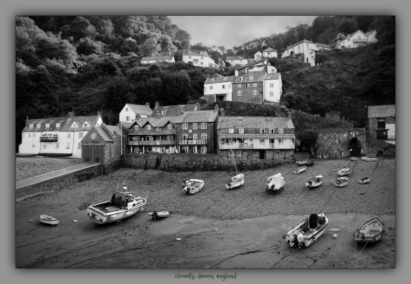 england, devon, clovelly, harbour, bw