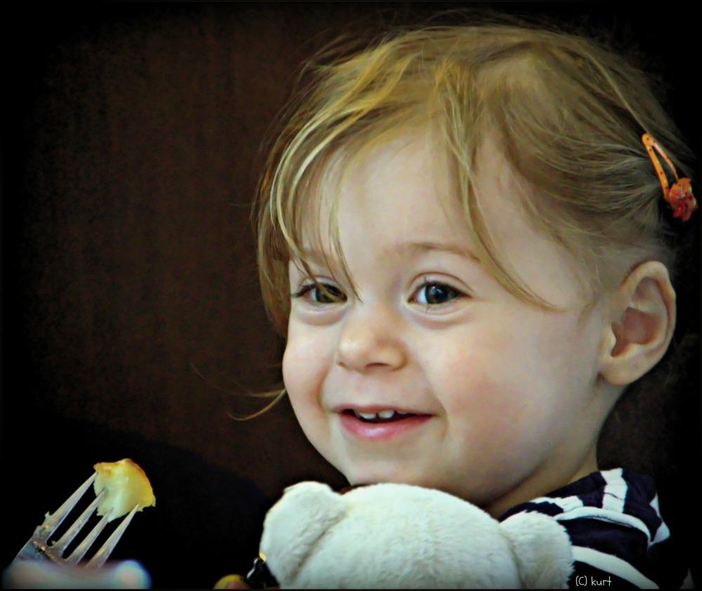 emilia, 25 months old, october 2013