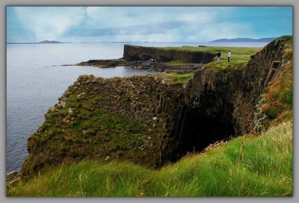 scotland, staffa, cliffs, sea