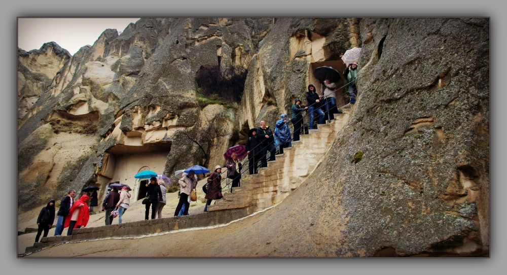 turkey, cappadocia, göreme np, tourists