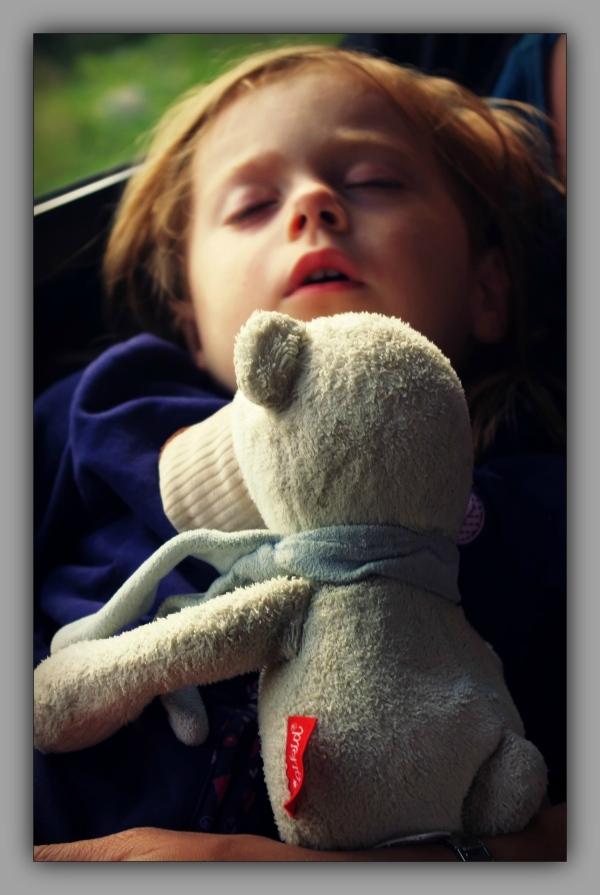 emilia, schneeberg, pepi, asleep
