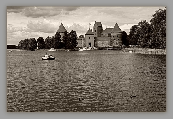 baltic states, lithuania, trakai, castle, sepia